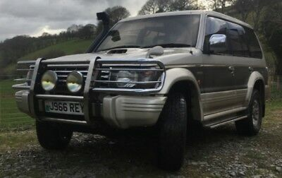 Mitsubishi pajero 2.5l exceed td lwb 7 seater auto japanese import diesel 4x4