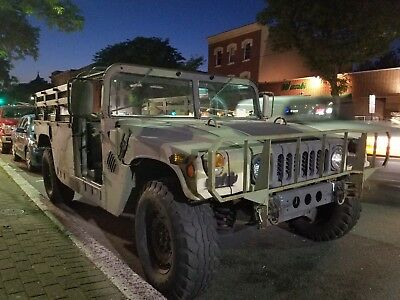 1980 Hummer H1  1990 HUMVEE M988 military hummer pick up Troop Carrier Humvee clean title