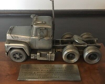 Pewter Mack Truck R685ST Promo Display