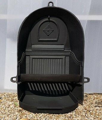 Antique Fireplace Spares. Large Arched Cast Iron Fire Back Grate For Arch Inset