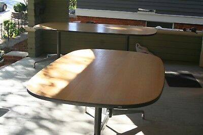 EAMES HERMAN MILLER Ft Segmented Oval Conference Table Mcm Era - Oval conference table for 6