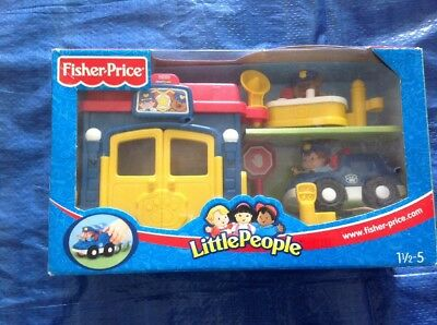 LITTLE PEOPLE la police COMMISSARIAT VEHICULE FISHER PRICE