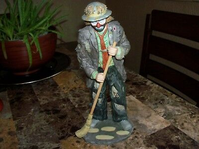 Very Rare Signed Limited Edition Emmett Kelly Jr Figurine By Flambro
