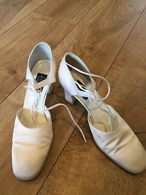 Vintage Cynthia Rowley White Wedding Shoes Heels Satin Dyeable Bridal