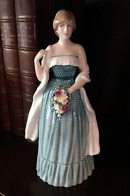 LADY DIANA SPENCER- HN 2885 - Royal Doulton Figurine – LIMITED EDITION