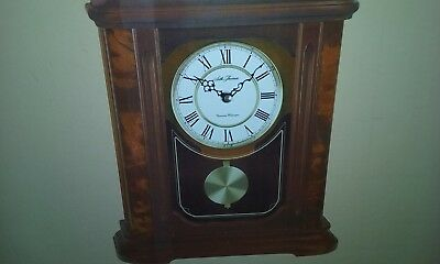 New Seth Thomas Wooden Mantle Clock With Dual Westminister  Chime Mwl-7009