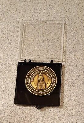 Independence Hall Bicentennial Constitution 1787-1987 Commemorative Coin Medal