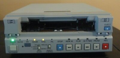 Sony DSR-11 DVCAM MiniDV Player Recorder VCR Deck w/ power supply & remote