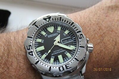 Seiko Monster Divers 200M Generation One July 2003 Boxed Rare Find Now G/c  A220