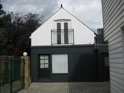 Thames Ditton, Small Freehold Office, Commercial UK Property/Office/Storage/