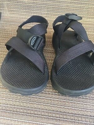 d2e980822bd7 Mens Chacos Size 8 Black Like New