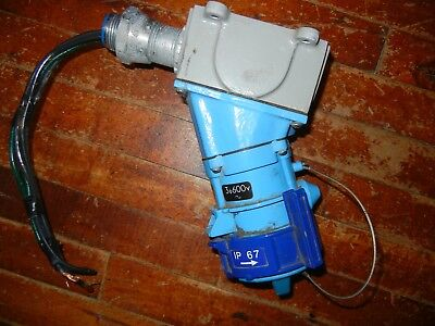 Meltric DB, DSM3 30 Amp 10 hp,600VAC, 89-34143 SWITCH RATED RECEPTACLE USED