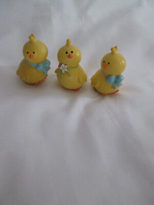 "2.5"" Lot of 3 Yellow Easter Figurines Table Decor, Basket Filler, Decoration"