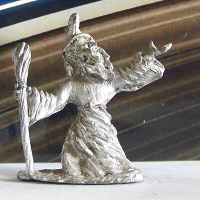 Dungeons & Dragons Metal Miniature D&D Large Pewter Wizard Casting Spell Staff
