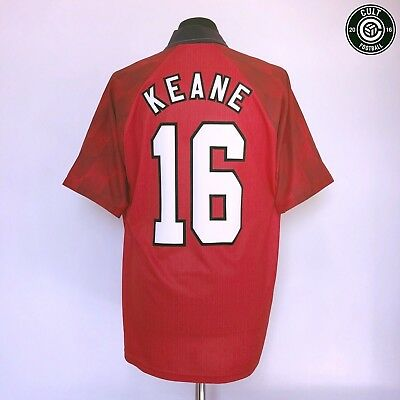 a55435396d0 Roy KEANE  16 Manchester United Umbro Home Football Shirt Jersey 1996 97 (L