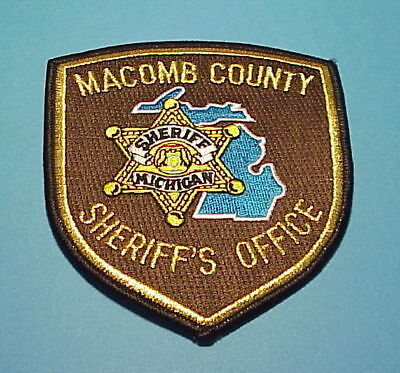 Macomb County  Michigan  ( Gold ) Sheriff / Police Dept. Patch  Free Shipping!!!