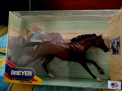 Breyer Traditional Mold # 476 Cigar Famous Race Horse NIB/FREE SHIP IN USA