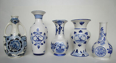Lot of 4 Delft Pottery Delft Blue Hand Painted Vases and One Spode Vase All EUC