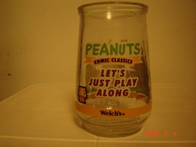 """Vintage Welch's Peanuts Comic Classics Glass  """"let's Just Play Along"""""""