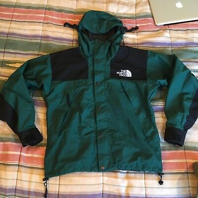 b3ca44e8aac0 THE NORTH FACE vintage 1990 Mountain Jacket Forest Green SMALL ...