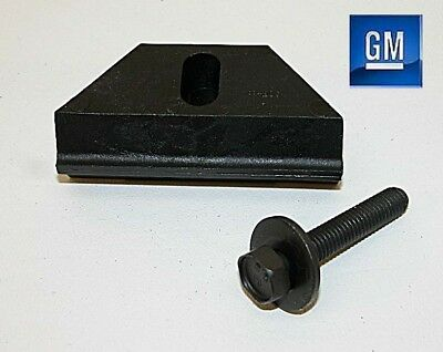 92-14 Suburban 95-14 Tahoe Yukon Battery Mounting Wedge And Bolt NEW GM 853/061