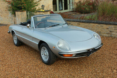 Alfa Romeo Spider 2000. 1976 model - Complete restoration in 2014/2015