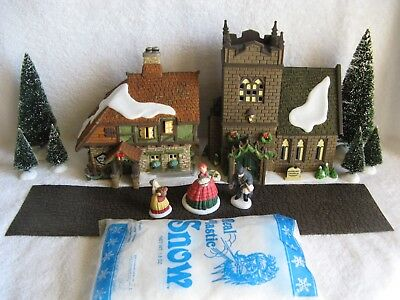 DEPT 56 - Dickens Village - THE SPIRIT OF GIVING - Set of 13 - NEW - No Cords