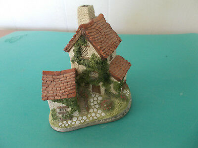 Pet Rescue Vintage 1982 David Winter Ivy Cottage Hand Made Great Britain