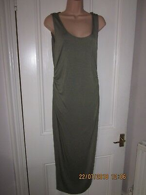 Maternity Boohoo khaki green long fitted dress BNTW size 10