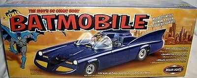 Polar Lights Batmobile Kit 1:25 (1960's DC Comics Edition) MIB