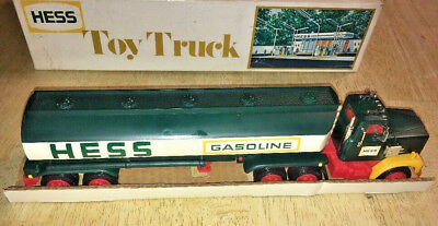 "1977 Hess Tractor Trailer Tanker Truck  ""In box unused New""  With Insert"