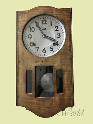 Old Vintage Hand Crafted Wooden Art Décor Wall Clock With Elegant White HB 0131