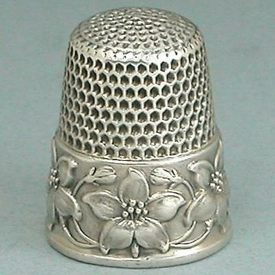 """Antique Sterling Silver Flower """"Dogwood"""" Thimble by Waite, Thresher Co. * C1890s"""