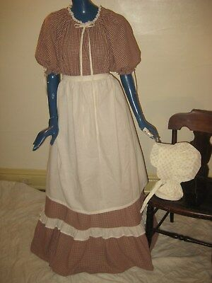 1X 3X Pioneer Colonial Prairie Frontier Trek Country Dress Bonnet & Apron Women