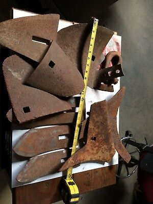 Vintage Antique Steel/Cast Iron/Metal Plow Blade Points Mixed Lot With JD Clevis