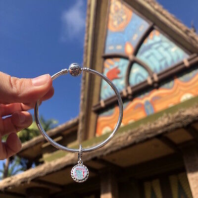 NEW 2018  DISNEY PARKS Exclusive Pandora Charm TIKI ROOM IN HAND