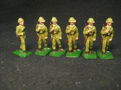 Antique Platoon Of 6  Ww2 Metal Soldiers