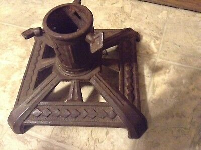 VINTAGE CHRISTMAS TREE STAND * CAST IRON * marked WI Dept 41