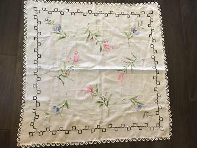 Vintage Linen Hand Embroidered 33 In. Square Tablecloth Euc
