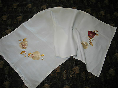 ANTIQUE ROYAL SOCIETY SILK Runner Arts & Crafts Pansies Linen Hand Embroidery