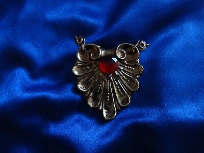 """ULTRA RARE Xena Screen Used Prop - Ruby Gold Necklace Charm From """"Legacy"""""""