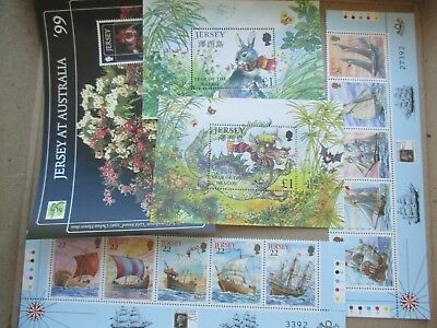 ESTATE: World mini Sheets mint - must have  - great mix of issues  (3934)