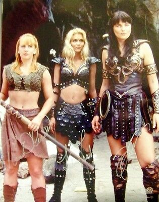 Xena - Photo 11 X 14 Autographed By Lucy Lawless & Renee O'connor & Hudson Leick