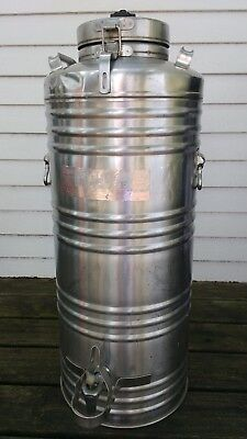 Large Vintage Cecilware Stainless Steel Insulated Hot Coffee Carrier Urn 15 20