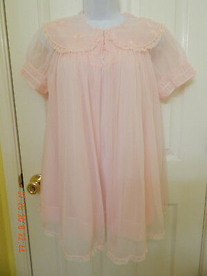 "Vtg. ""Blue Swan"" Soft Pink Gown and Robe Peignoir Set, Size Medium"