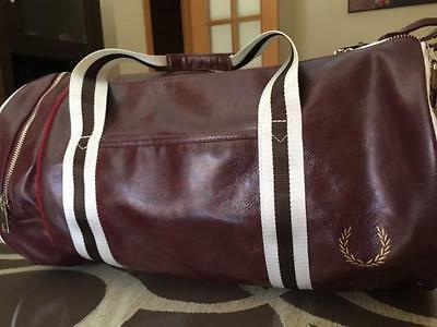 Fred Perry Bolsa Gimnasio - Maleta Viaje Barrel Gym Retro Vintage