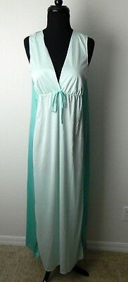 Queens Way To Fashion Vintage Light Green Long Nightgown Robe Lingerie Small