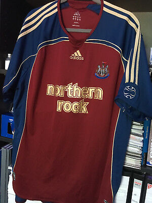 Trikot Newcastle United XL plus Stutzen in 43/46