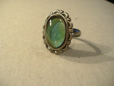 Vintage Style Antiqued Silver Tone Oval Scalloped Mood Ring Adjustable