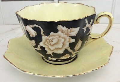 Paragon Black & Yellow Cup & Saucer, H.M. The Queen & H.M. Queen Mary, G6125